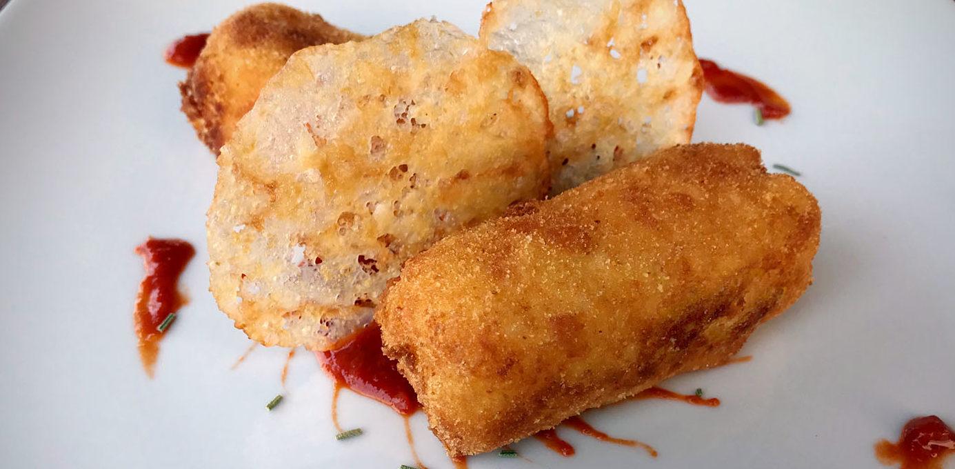 Rosmarino Secco Alla Base crocchette di patate aromatizzate al rosmarino e ketchup di